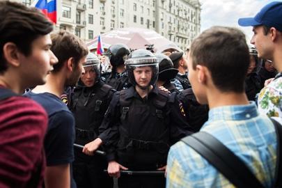 Акции протеста по всей России