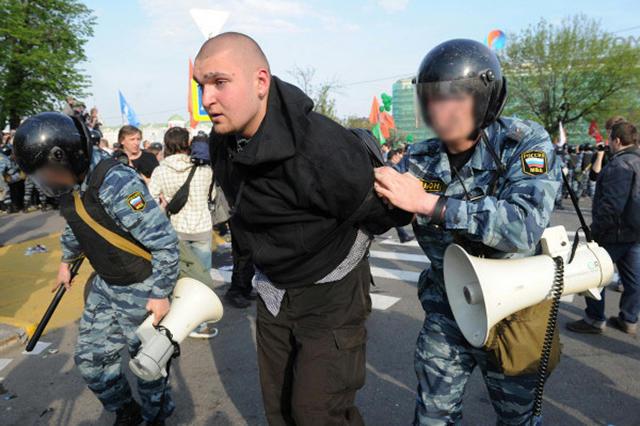 Задержание Степана Зимина на Болотной площади 6 мая 2012-го