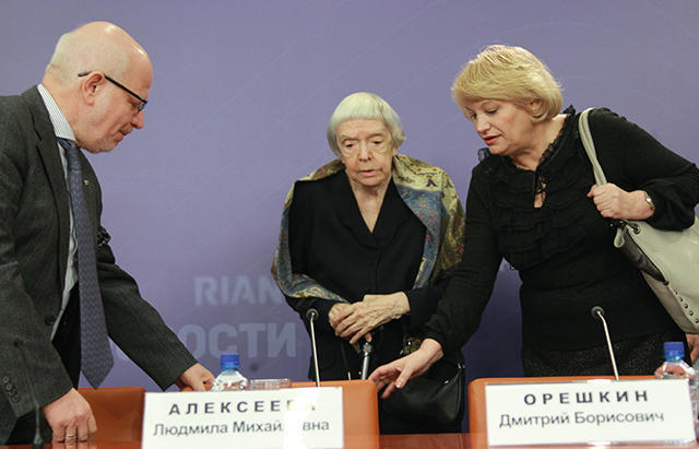 Head of the Presidential Council for Civil Society and Human Rights Mikhail Fedotov, head of the Moscow Helsinki Group Lyudmila Alekseyeva, and executive director of the Golos Association Lilia Shibanova. January 25, 2012.