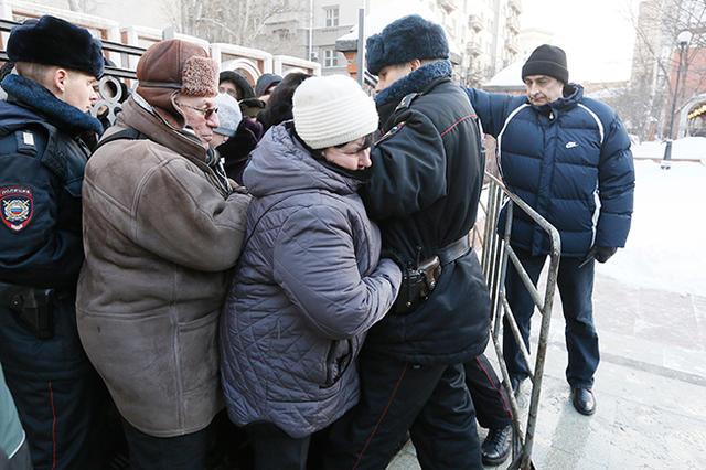 русским давкам в жопу больно