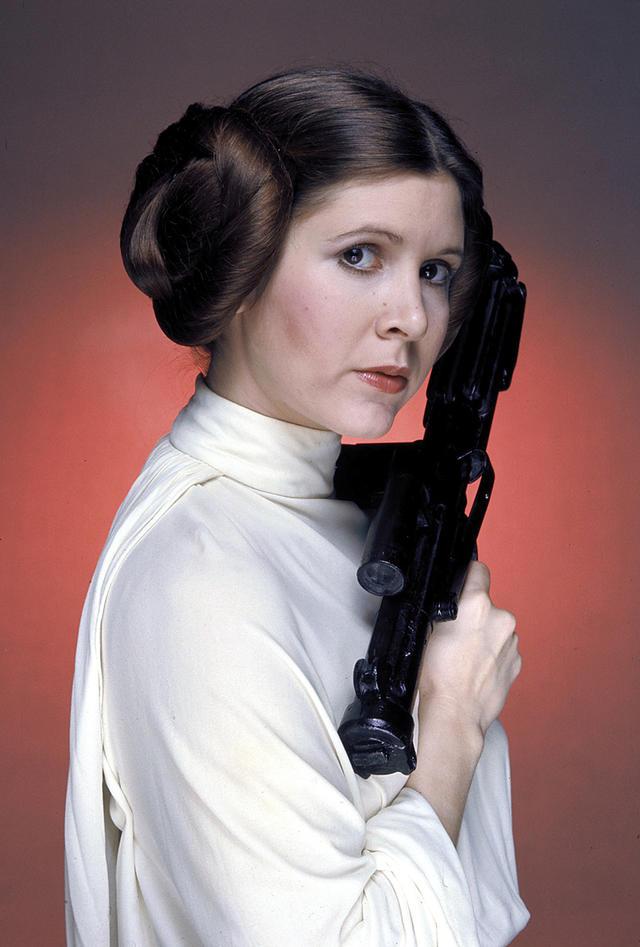 Новости Звездных Войн (Star Wars news): Краткая биография актрисы и писательницы Кэрри Фишер — легенды «Звездных войн». В десяти фотографиях