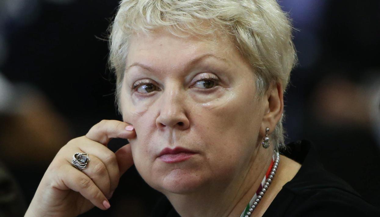 Кадыров раскритиковал министра Васильеву за стремление запретить школьницам носить хиджабы