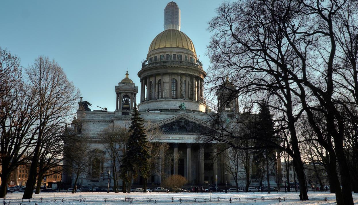 Ректоры петербургских институтов посоветовали ускорить передачу Исаакия РПЦ