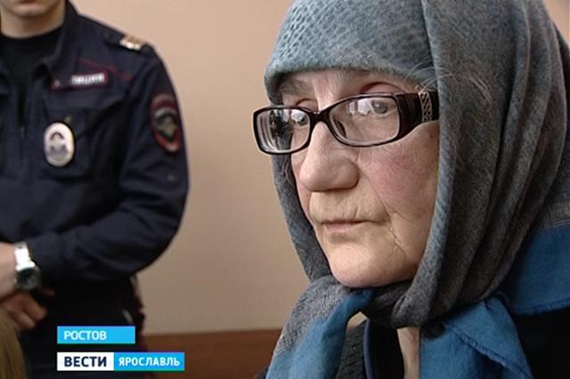 В суде города Ростов в Ярославской области рассматривается дело против трех воспитательниц православного приюта в деревне Мосейцево. Они обвиняются в убийстве девочки и издевательствах над детьми.