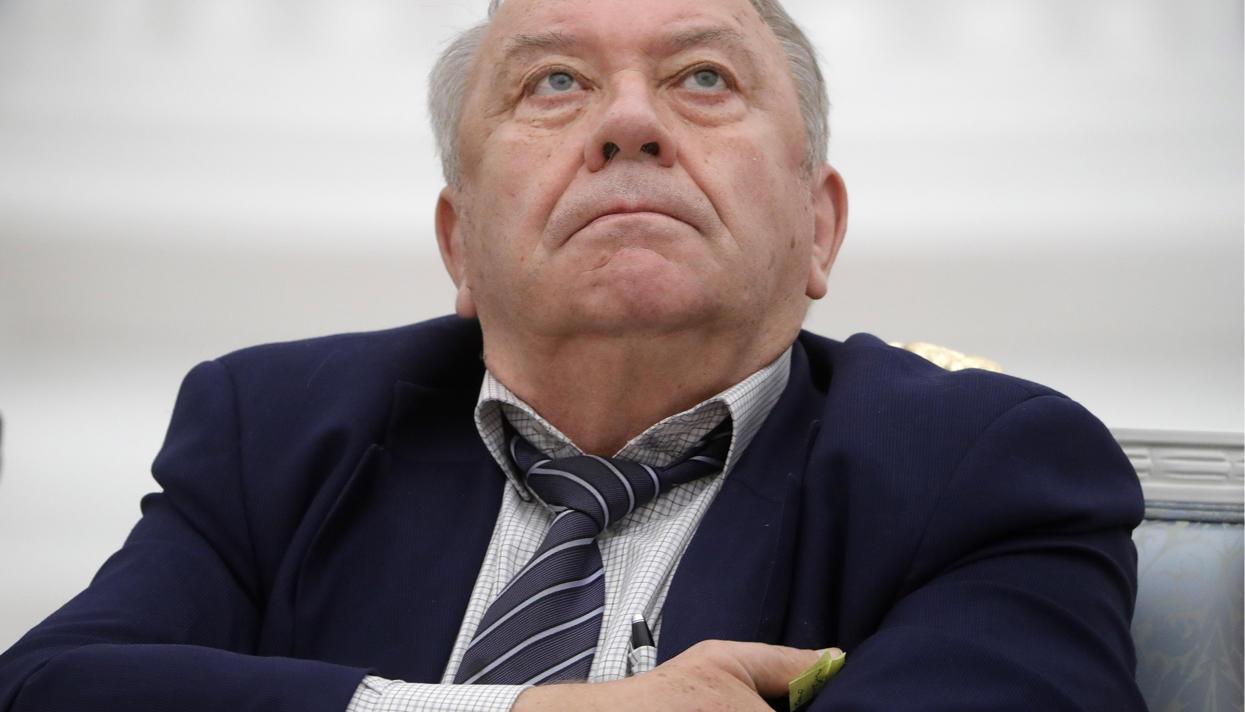Выборы президента РАН перенесены на осень. При чем здесь Владимир Путин и Михаил Ковальчук?