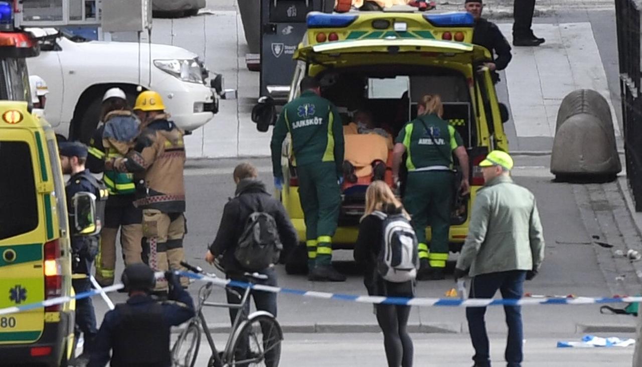 Теракт в Стокгольме.Что происходит в столице Швеции. Хроника