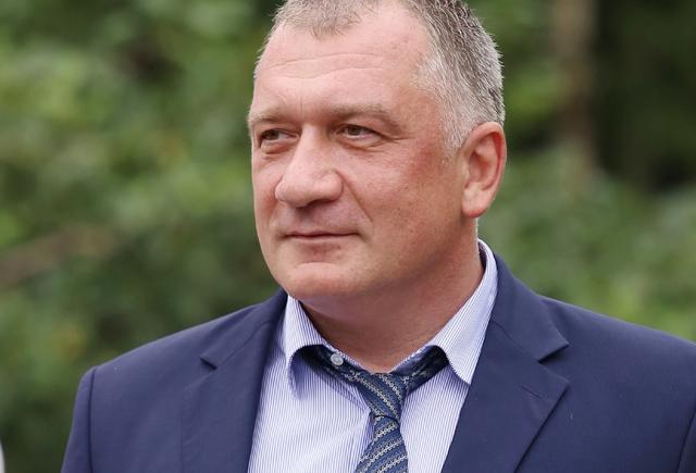 Депутата изЛенобласти пристыдили заМарс извезды вдекларации