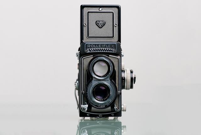 Старая двухобъективная камера