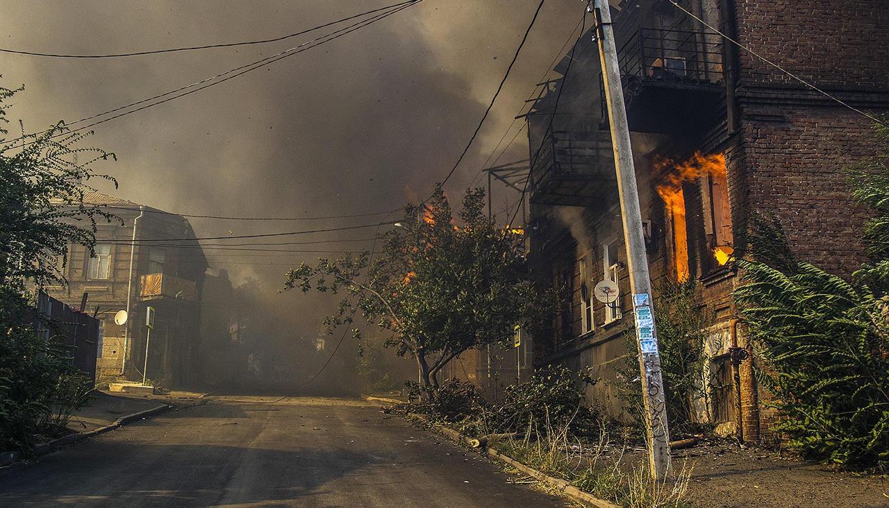 z2bBzo2-k2-kivOx9LLoIQ Дома без страховки, пожарные без воды. Как и почему в центре Ростова-на-Дону сгорел целый район