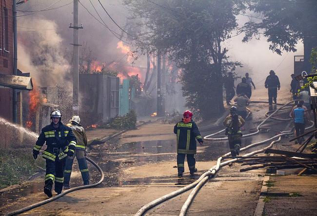 Пожарные расчеты вГовнярке, 21августа 2017 года