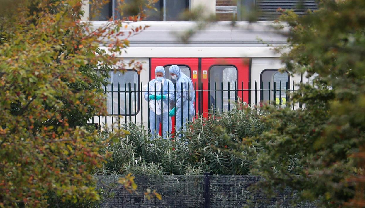 Милиция нашла вторую бомбу влондонском метро Сегодня в15:05