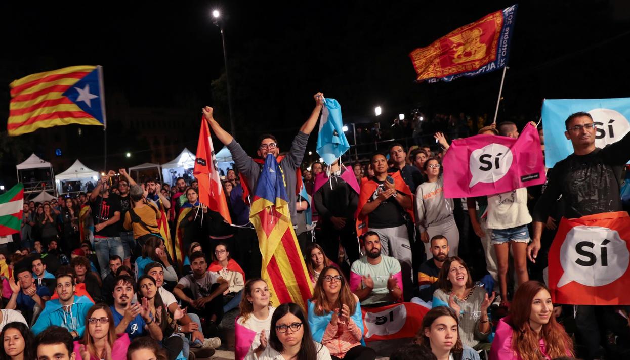 Власти Каталонии огласили результаты референдума онезависимости