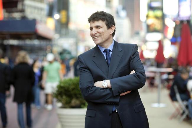 В1998 году Дэвид Ремник стал главным редактором The New Yorker— одного изглавных журналов мира. Нафотографии Ремник вНью-Йорке в2010 году