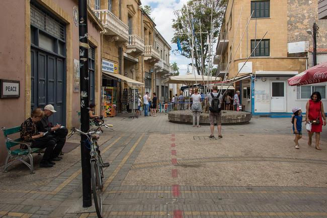КПП наглавной пешеходной улице Никосии