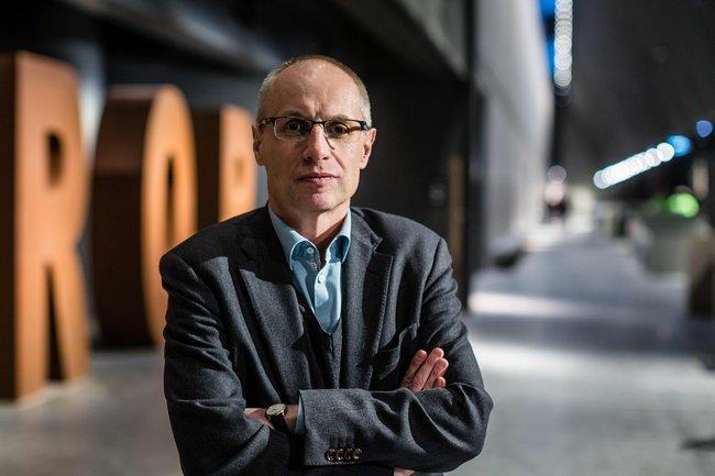 Директор музея Второй мировой Павел Махцевич водин изпервых дней работы музея, 29января 2017 года. Через несколько недель онбудет вынужден уйти сосвоего поста; сейчас его обвиняют вкоррупции