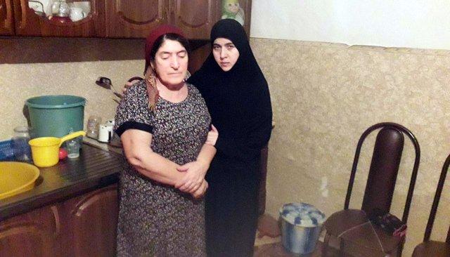 Жительница Чечни пыталась найти пропавшего без вести мужа. И, кажется, исчезла сама