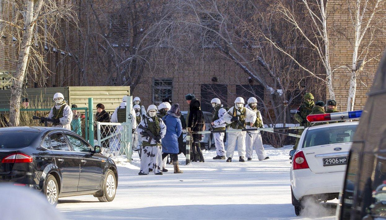 Школяр зсокирою поранив чотирьох людей вросійській школі