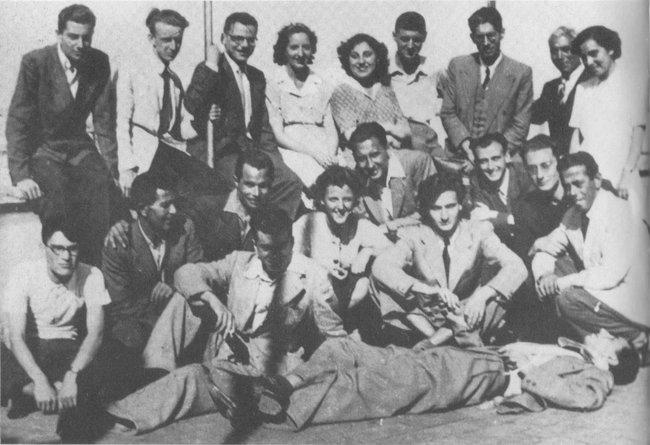 Карла Каппони (вцентре) сучастниками Сопротивления, 1944 год