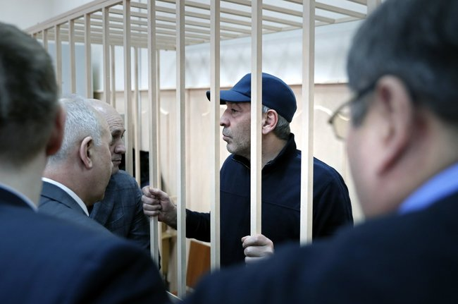 Бывший и.о. премьер-министра Дагестана Абдусамад Гамидов, 6февраля 2018 года