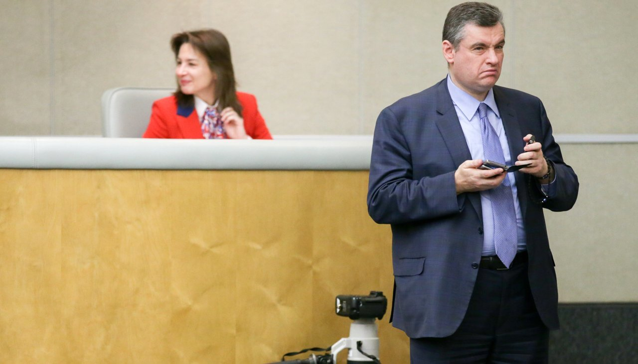 State Duma deputy denies that he was stuck in the hatch of the tank 09/14/2015 41