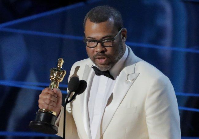 Джордан Пил с«Оскаром» заоригинальный сценарий «Прочь»