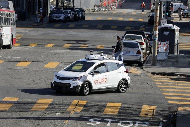 ВКалифорнии треть аварий сбеспилотными машинами— это нападения людей