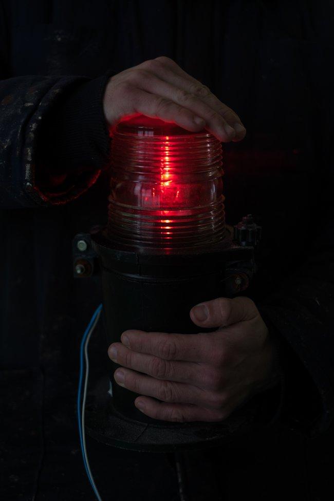 Проверка работы навигационных фонарей наобстановочной станции Беломорканала, январь 2018 года