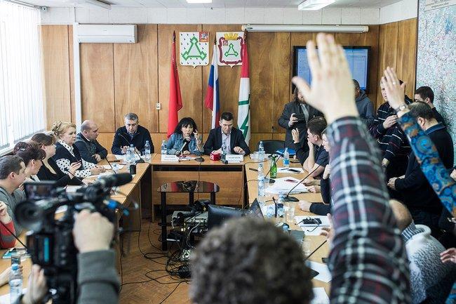 Встреча чиновников иакционеров «Ядрово» сжителями Волоколамского района, 24марта 2018 года