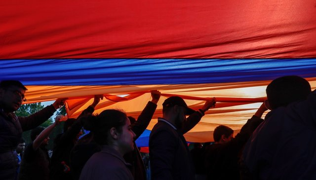 Почему армянская оппозиция, даже придя квласти, несможет изменить политику страны: Carnegie.ru
