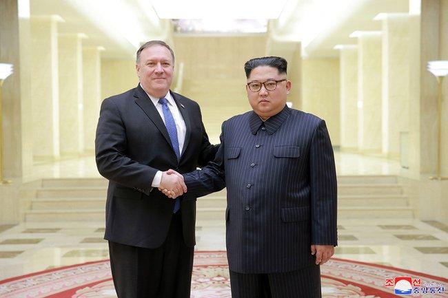 США иЮжная Корея договорились остановить военные учения