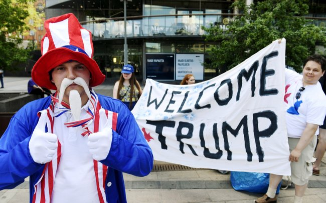 Демонстрация сторонников Дональда Трампа вХельсинки, 15июля 2018 года