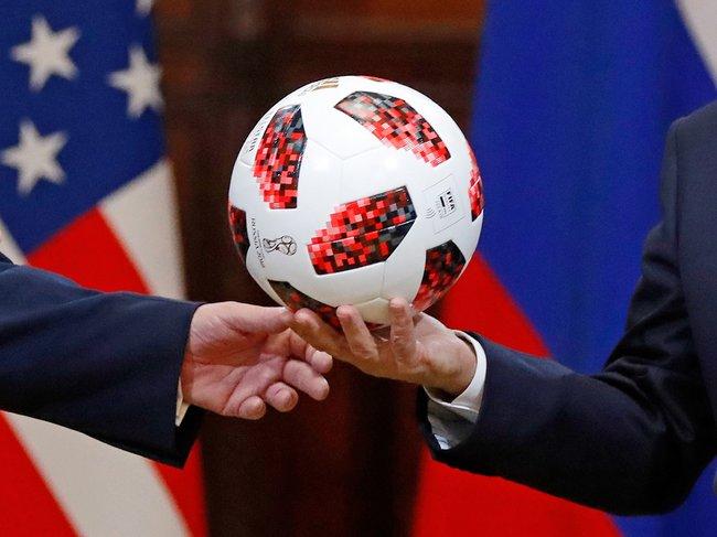 Мяч, который Путин передавал Трампу