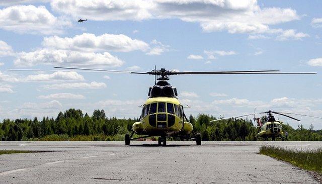 Вертолет Ми-8 компании «Ютэйр —Вертолетные услуги»