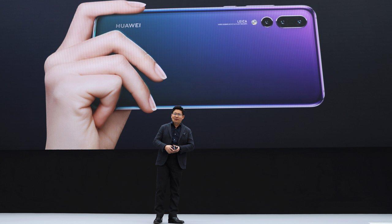 EC обяжет американскую компанию поменять все телефоны iPhone— Удар поApple