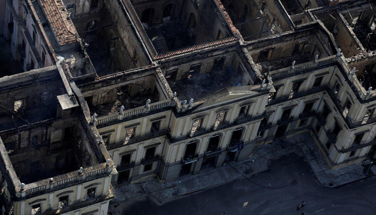 При пожаре вНациональном музее Бразилии погиб архив языков коренных народов. Некоторые изних больше никто незнает