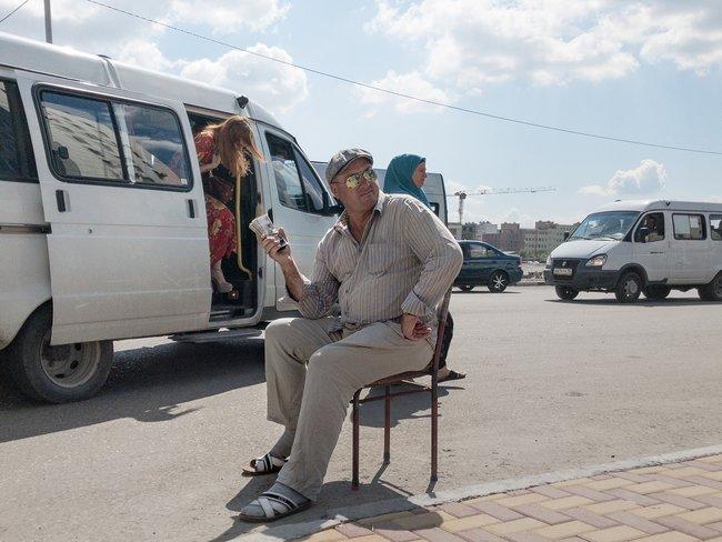 Скупщик золота ивалюты уавтобусной остановки вГрозном