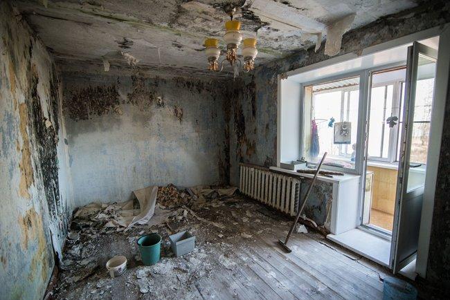 Квартира Любови Сусловой. Справа— балкон, накотором она живет втеплое время года