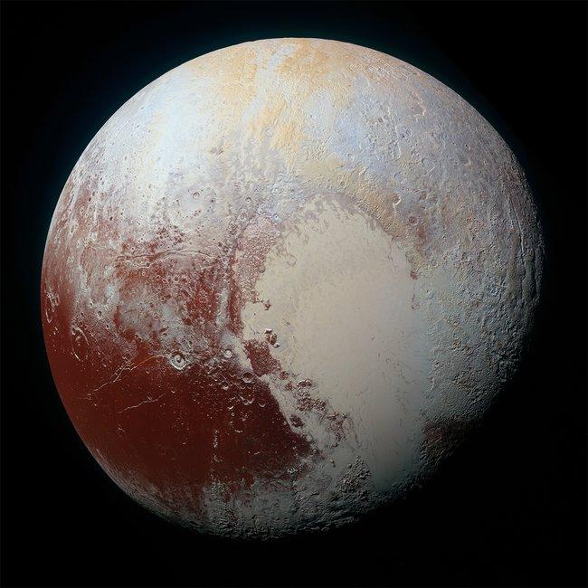 Изображение Плутона, переданное «Новыми горизонтами» 14июля 2015 года