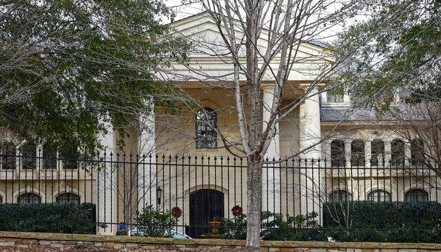 ВСША арестован бывший замглавы «Военторга». Его обвиняют вхищении 150 миллионов долларов уРоссии иподготовке убийства любовника жены