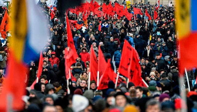 Thousands of serfs protest in Moscow against the 'isolation' of the Russian Internet B1l-iHe6dYXIDD2JAg50WQ