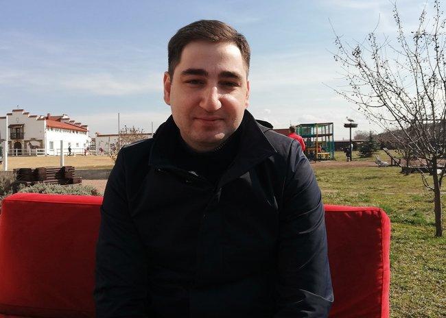 Президент крымской организации предпринимателей «Новая формация» Юрий Айрапетян считает, что чиновники умышленно тормозят инвестиционные проекты