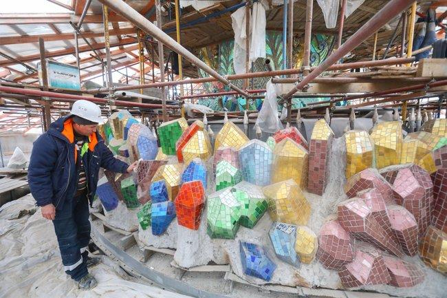 Ход реставрации фонтана «Каменный цветок», март 2019 года