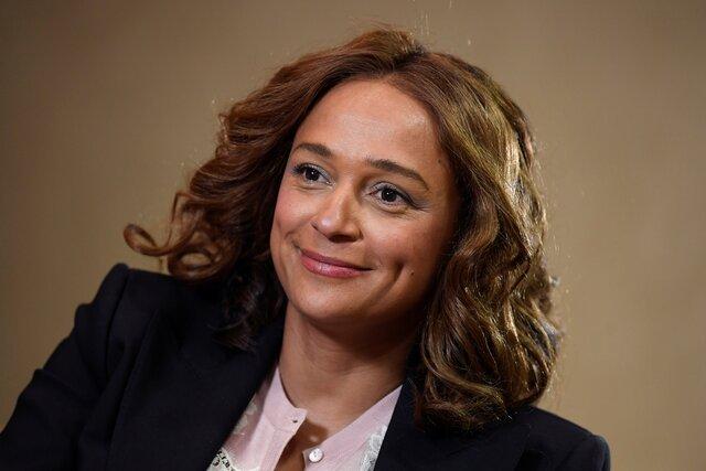 Самая богатая женщина Африки оказалась гражданкой России. Это может защитить ееотэкстрадиции, нопомешает баллотироваться впрезиденты Анголы