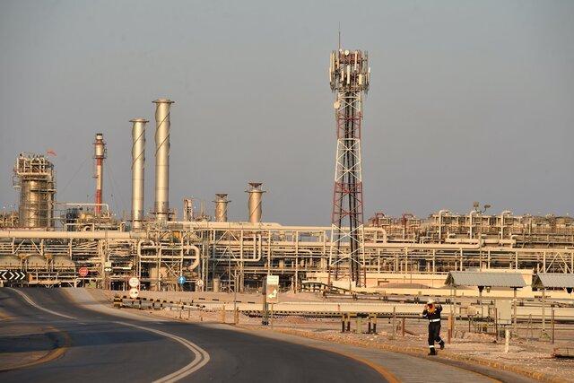 Нефть дорожает на фоне признаков роста