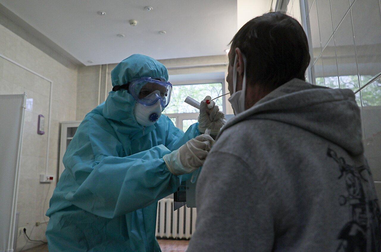 Вижу новости, что на самом деле все переболели коронавирусом еще в декабре,  — и, кстати, припоминаю какую-то простуду у себя… Эпидемия началась так  давно? — Meduza