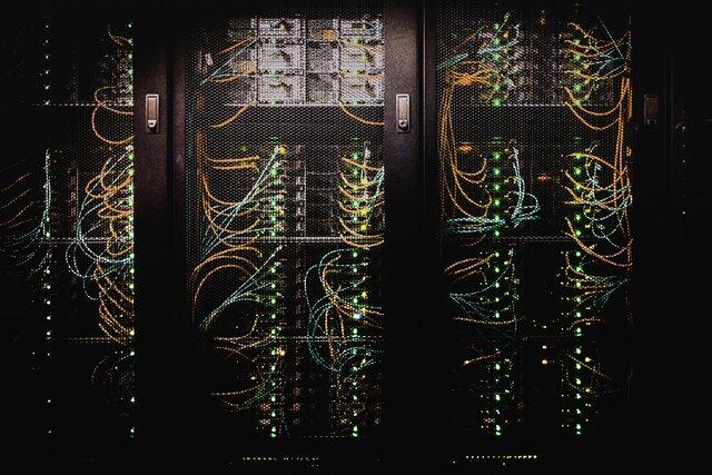 Министерство цифрового развития хочет запретить современные протоколы шифрования вРунете. Тогда Роскомнадзору будет проще блокировать сайты