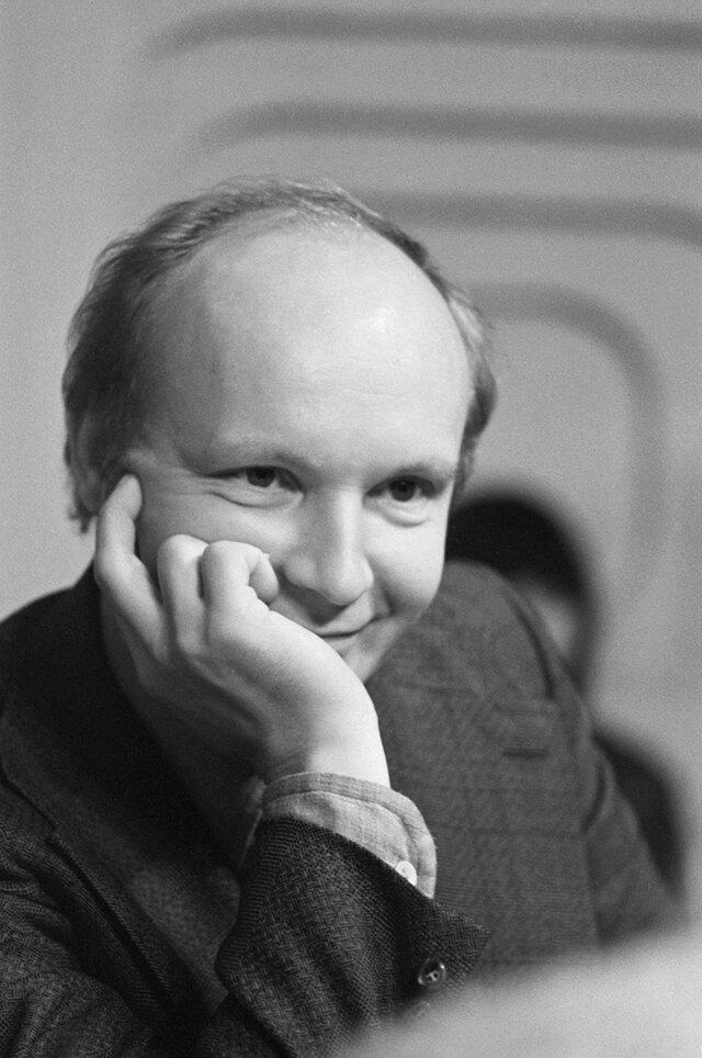 Немаленький человек. Умер Андрей Мягков  один из главных актеров Эльдара Рязанова, который был крупнее и сложнее многих своих персонажей