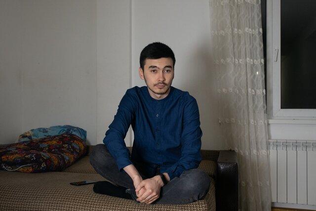 Мы предполагали, что будет какая-то жесть. Активист Руслан Аблякимов объявил об открытии штаба Навального в Махачкале  и сразу после этого его избили