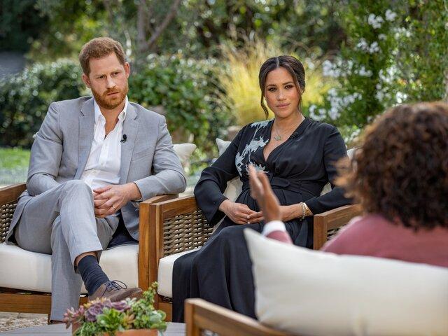 Принц Гарри и Меган Маркл дали двухчасовое интервью Опре Уинфри. Его назвали сокрушительным для королевской семьи. Меган рассказала о расизме и суици
