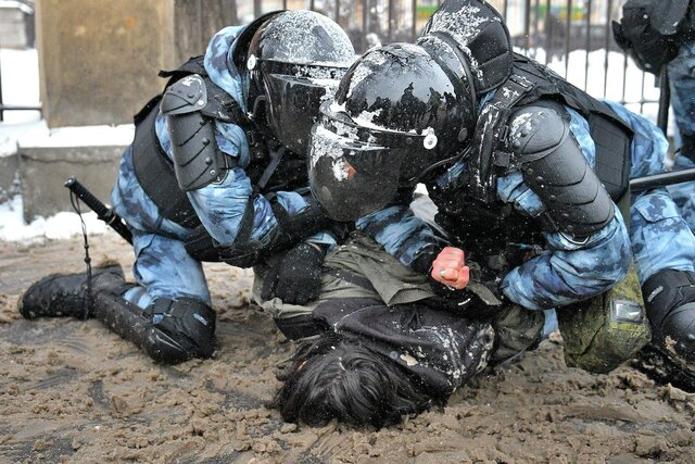 Lawful violence. Top Moscow police official maintains that no undue force was used against pro-Navalny protesters
